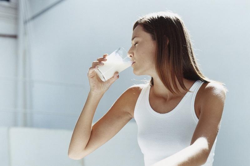Uống sữa lúc nào để tăng cân hiệu quả